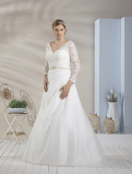 Plus Size Wedding Dresses - Visit our website to discover our collection
