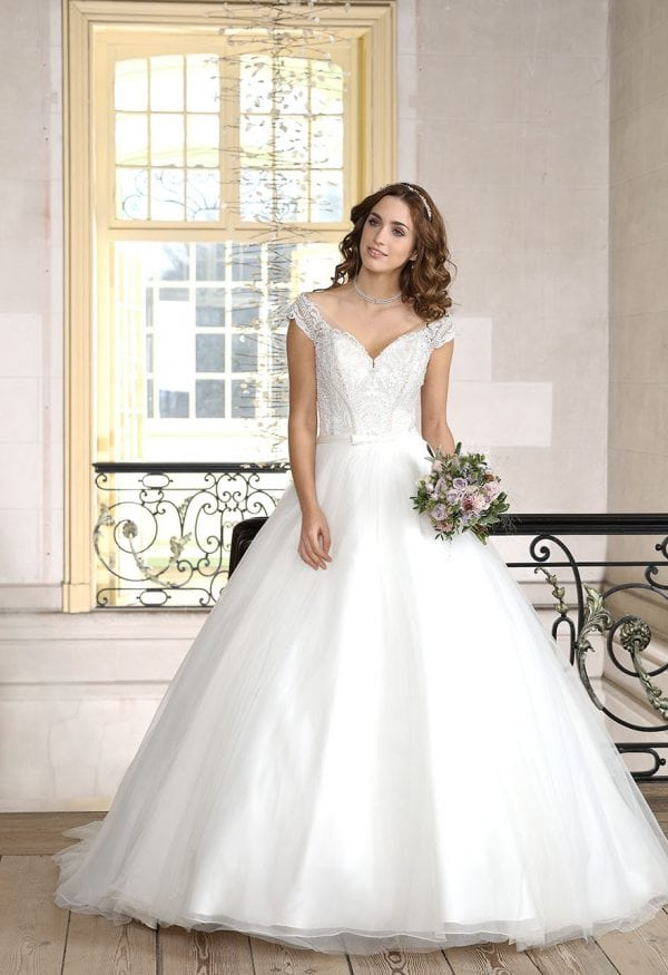 Très Chic TC9295 a-line ball gown with v-neck