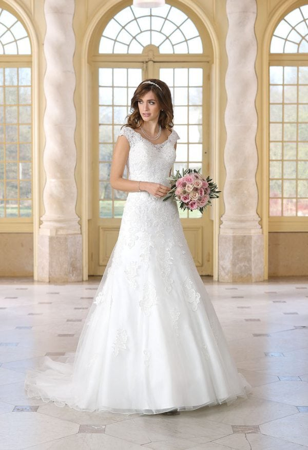Très Chic TC9297 traditionell brautkleid mit ärmel