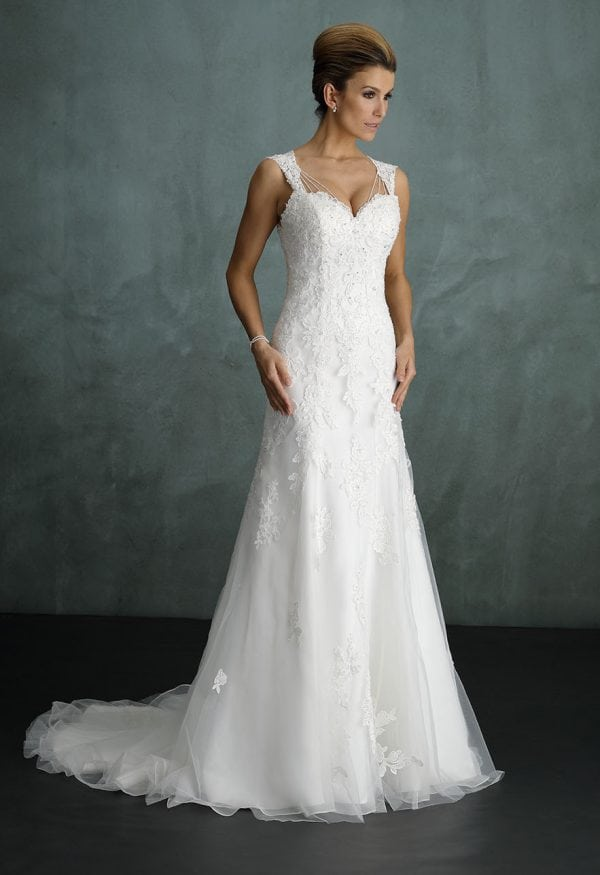 Pure PU9308 wedding dress with tulle