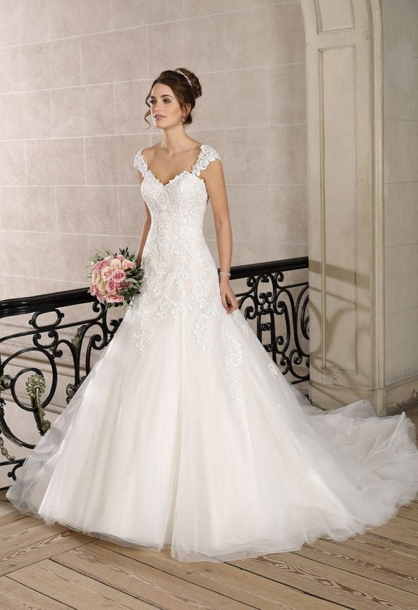 Très Chic TC9327 a-line ball gown with tulle