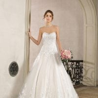Très Chic TC9340 strapless a-line ball gown