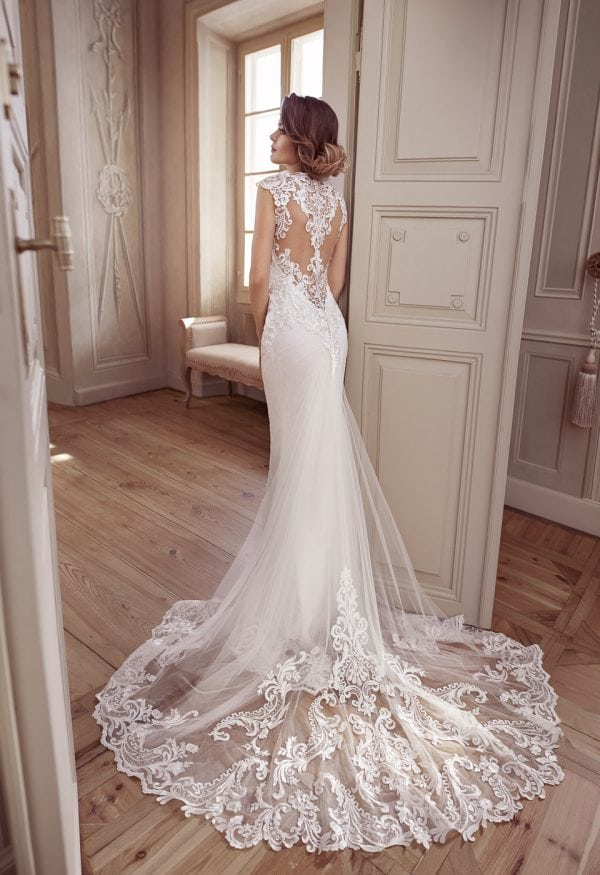 Elisabeth Grace EG9373 mermaid wedding dress with beautiful backside