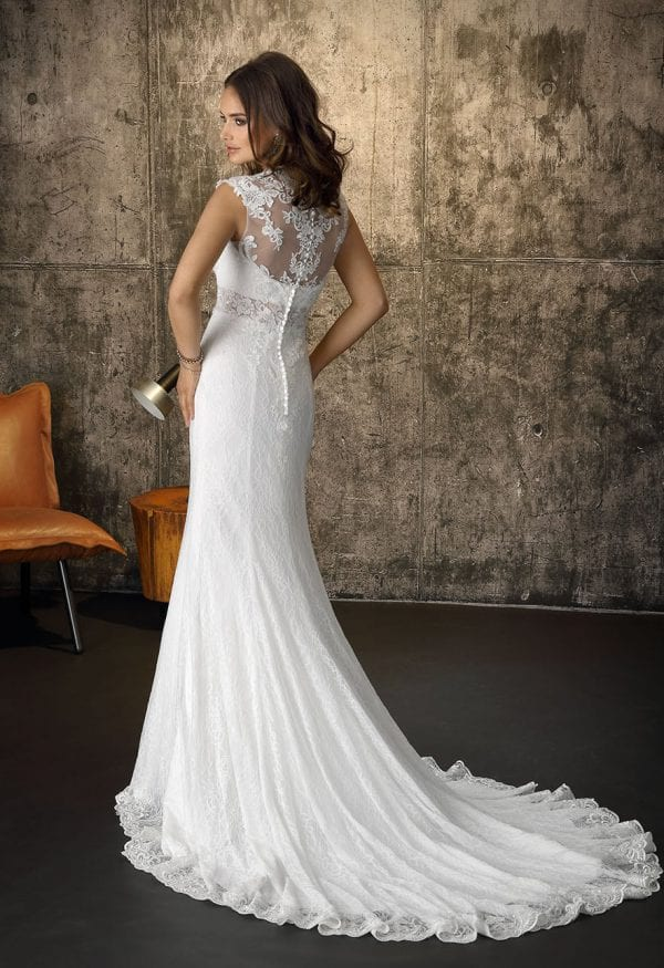 Brinkman BR9389 long wedding dress boho chic backside