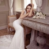 Elisabeth Grace EG9378 long wedding dress ambiance picture