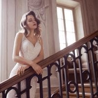 Elisabeth Grace EG9422 wedding dress with v-neck ambiance picture