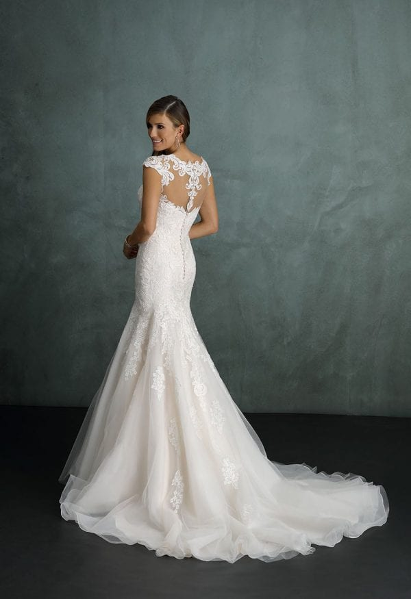Pure PU9231 mermaid wedding dress with tulle backside