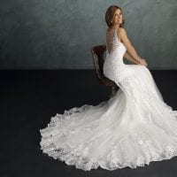 Pure PU9299 modern wedding dress ambiance picture