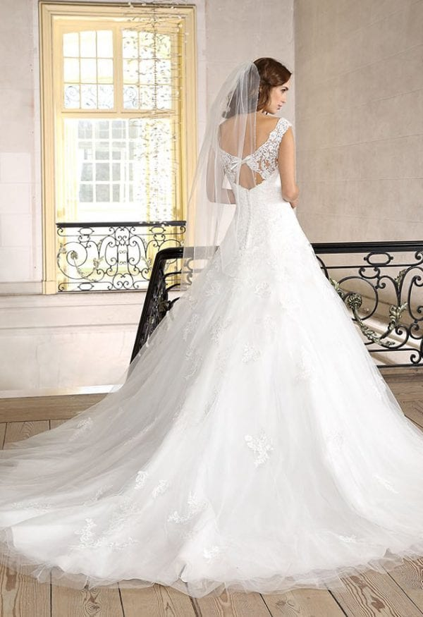 Très Chic SN9270 a-line ball gown backside