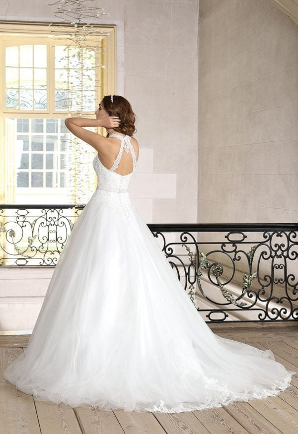Très Chic TC9275 long a-line ball gown backside