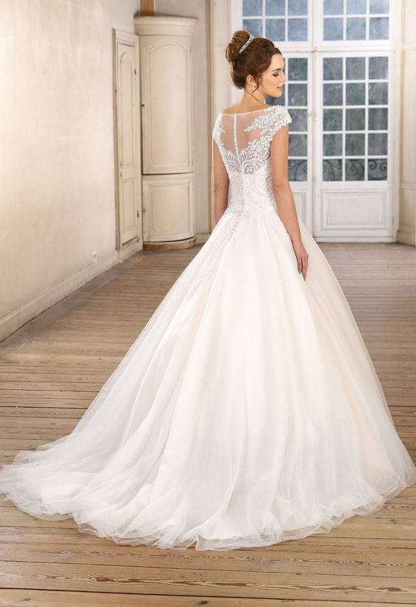 Très Chic TC9283 a-line ball gown backside