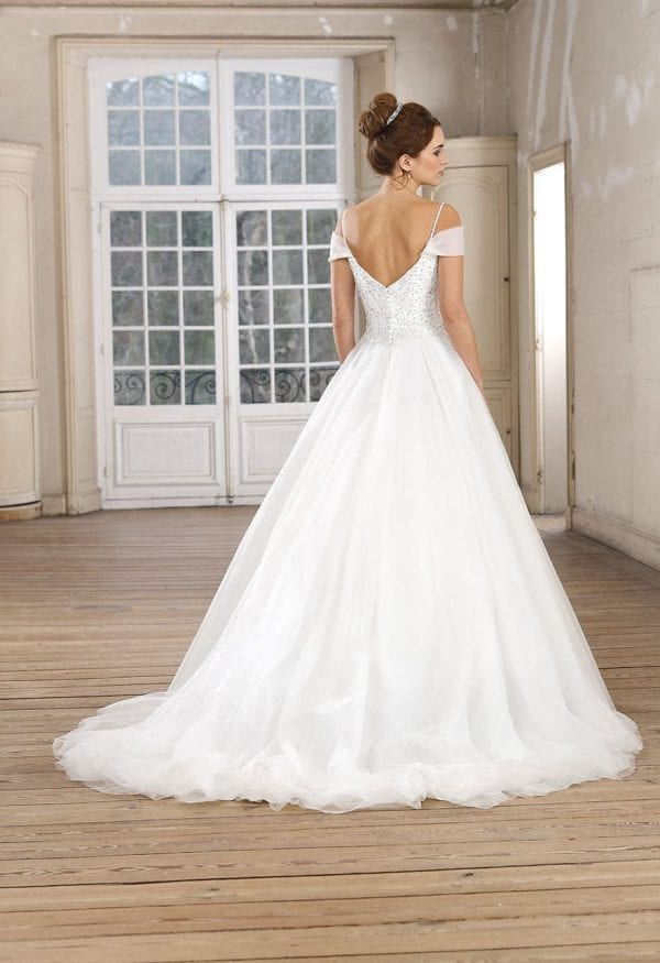Très Chic TC9306 a-line ball gown with sleeves backside