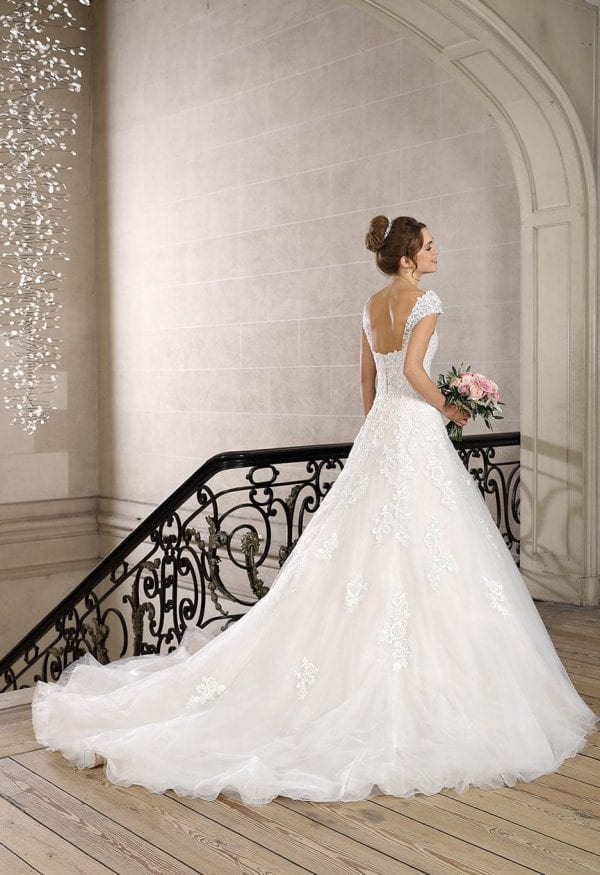 Très Chic TC9327 a-line ball gown with tulle backside